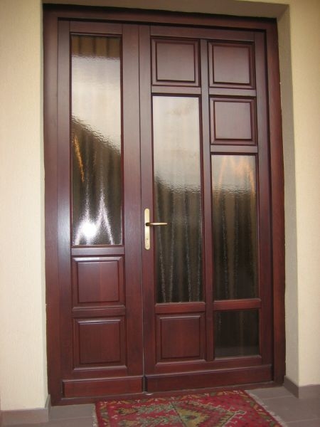 Usi exterior usi de intrare din lemn masiv - Modele usi termopan exterior duble ...